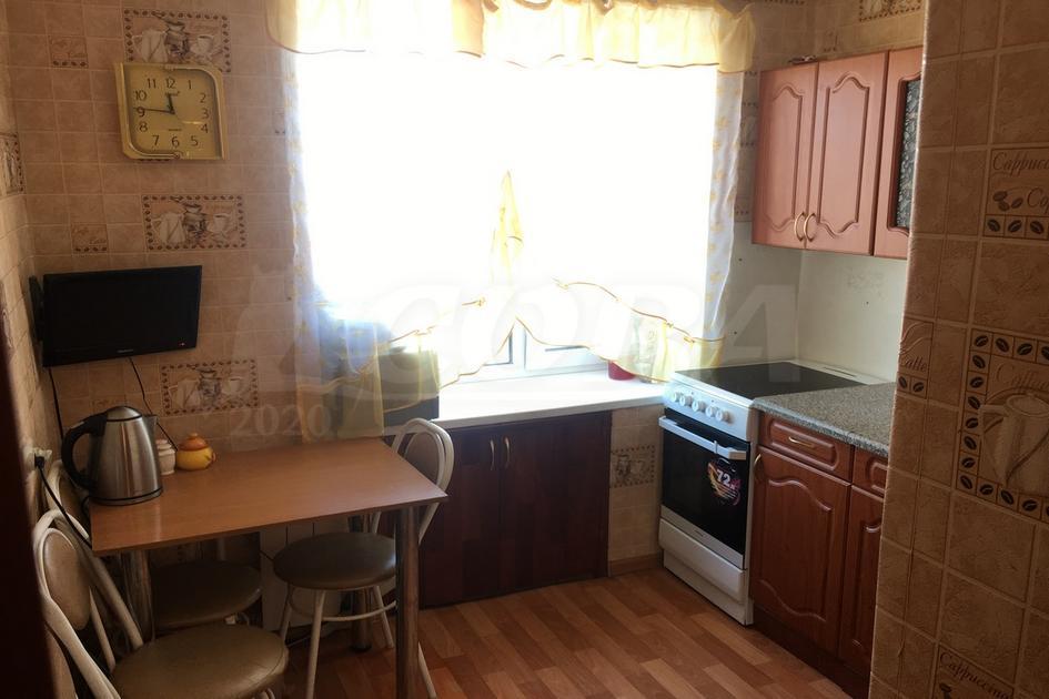 2 комнатная квартира  в районе Дома печати, ул. Коммунаров, 7, г. Тюмень