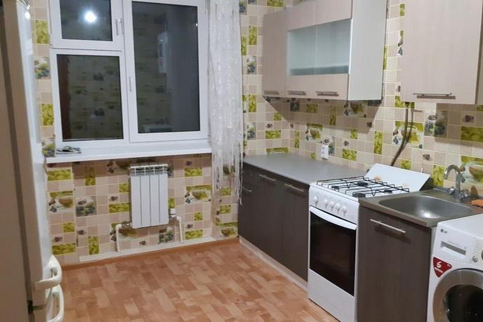 1 комнатная квартира , ул. Трактовая, 1Б, п. Прииртышский