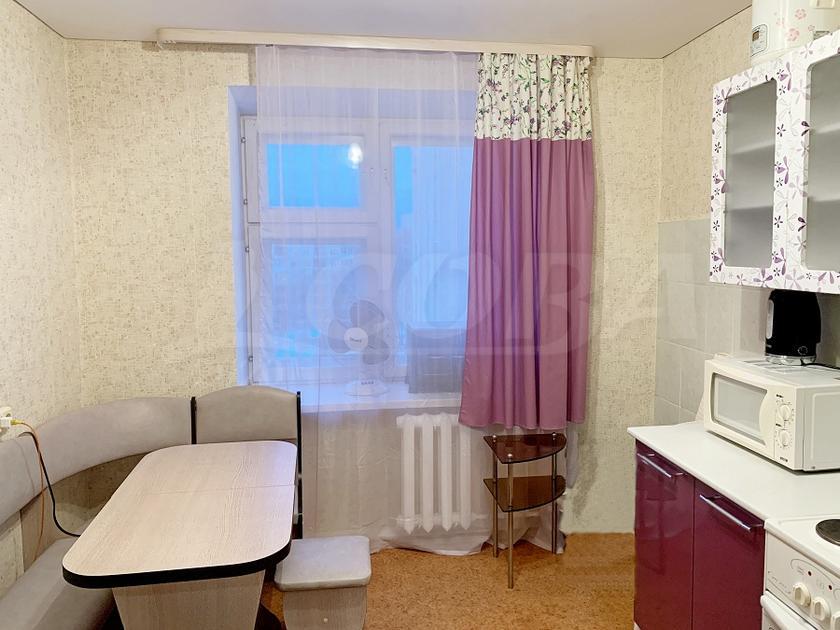 1 комнатная квартира  в 2 микрорайоне, ул. Олимпийская, 21, г. Тюмень