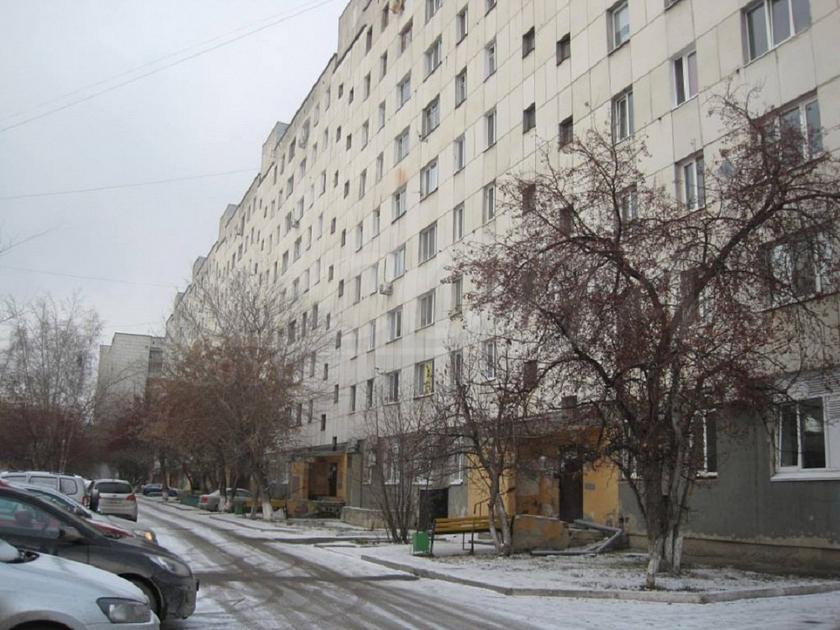 2 комнатная квартира  на КПД в районе 50 лет Октября, ул. 50 лет Октября, 70, г. Тюмень