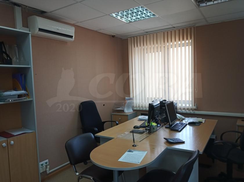 Офисное помещение в отдельно стоящем здании, продажа, в районе Гилева / пос.Строителей, г. Тюмень