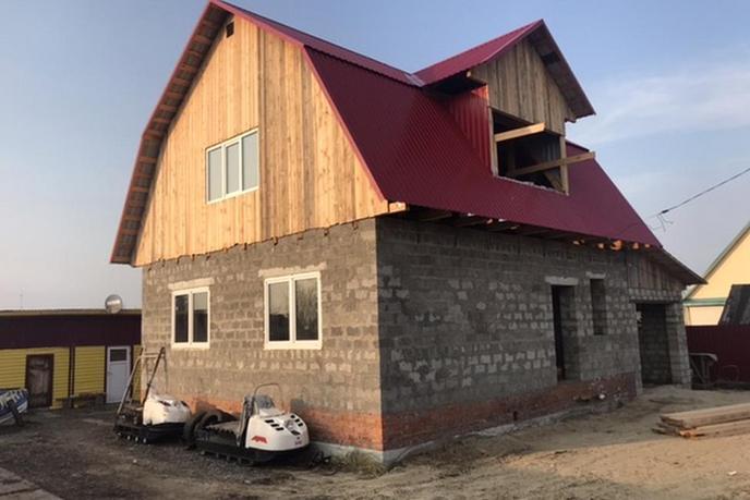 Строящийся дом с баней, д. Субботина, в районе Старый тобольский