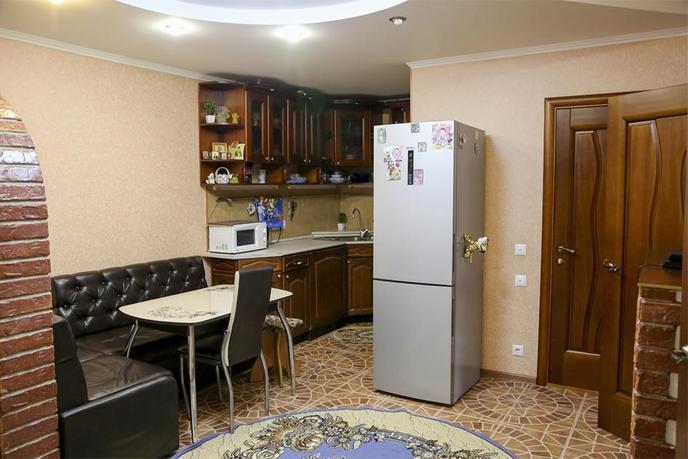 2 комнатная квартира  в районе Войновка, ул. Энергостроителей, 11, г. Тюмень