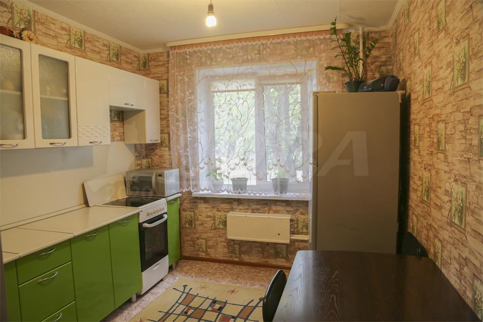 2 комнатная квартира  в районе Маяк, ул. Магнитогорская, 28, г. Тюмень