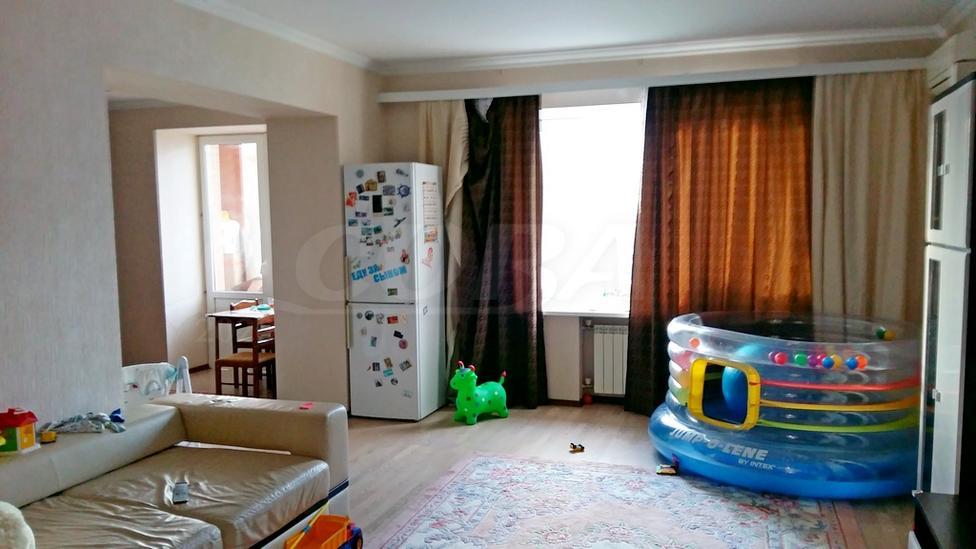 3 комнатная квартира  в районе Дома печати, ул. Свердлова, 1, г. Тюмень