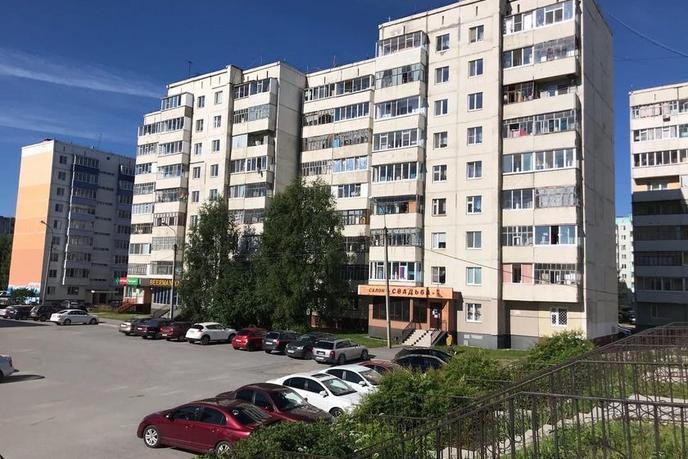 1 комнатная квартира  в районе Нагорный Тобольск, ул. 9-й микрорайон, 23, г. Тобольск