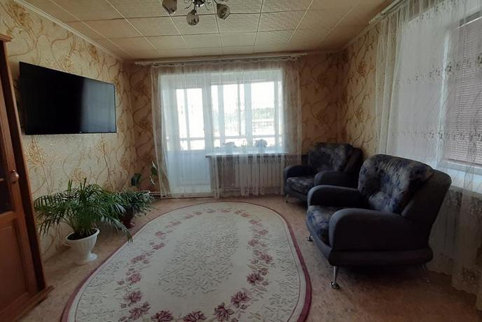 3 комнатная квартира , ул. Молодежная, 12, п. Кунчур