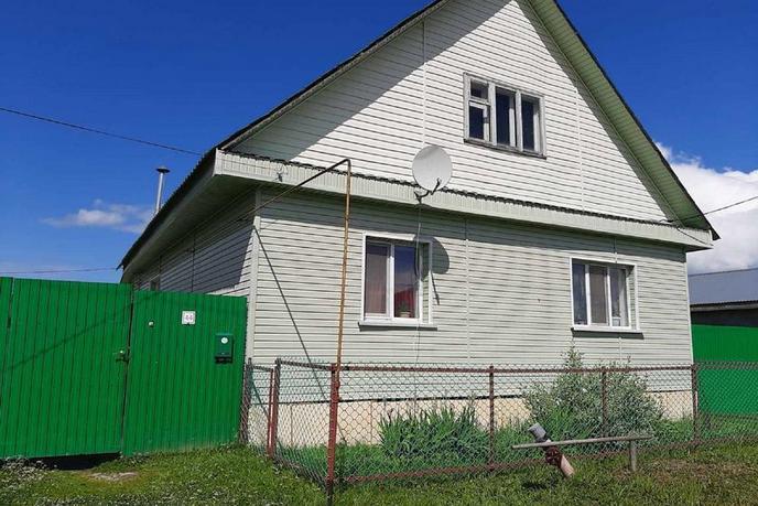 Частный дом с баней, п. Ярково, по Тобольскому тракту