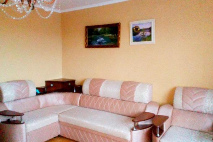 4 комнатная квартира  в районе Защитино, ул. Домостроителей проезд, 3, г. Тобольск