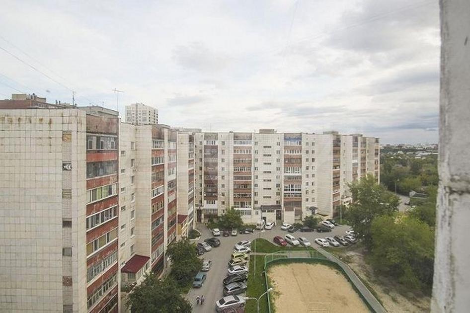 2 комнатная квартира  в Заречном мкрн., ул. Газовиков, 28А, г. Тюмень