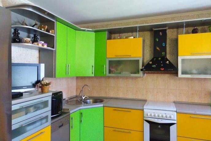 3 комнатная квартира  в районе центральная часть, ул. Островского, 3, п. Боровский