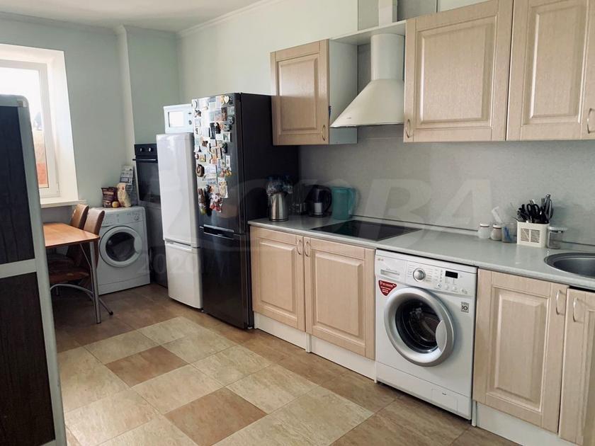 1 комнатная квартира  в районе студгородка, ул. Мельникайте, 55, г. Тюмень