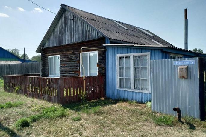 Частный дом с баней, с. Упорово, по Ялуторовскому тракту