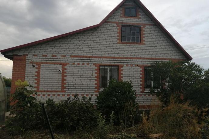 Загородный дом с баней, в районе За мостом, с. Успенка, по Московскому тракту
