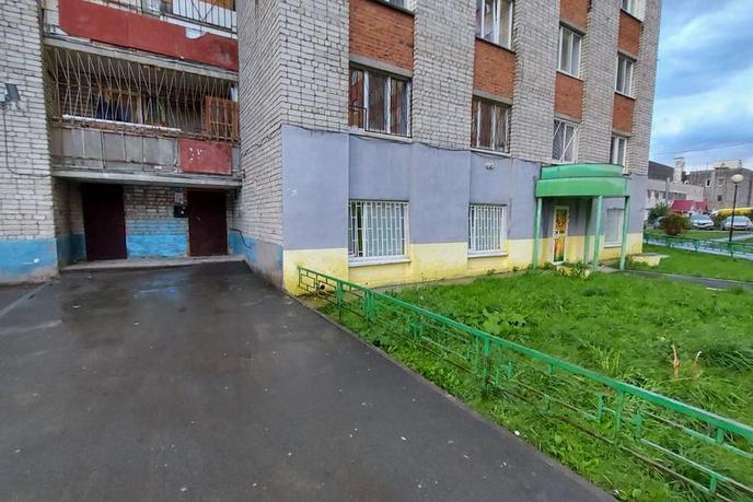 Комната в 2 микрорайоне, ул. Олимпийская, 25, г. Тюмень