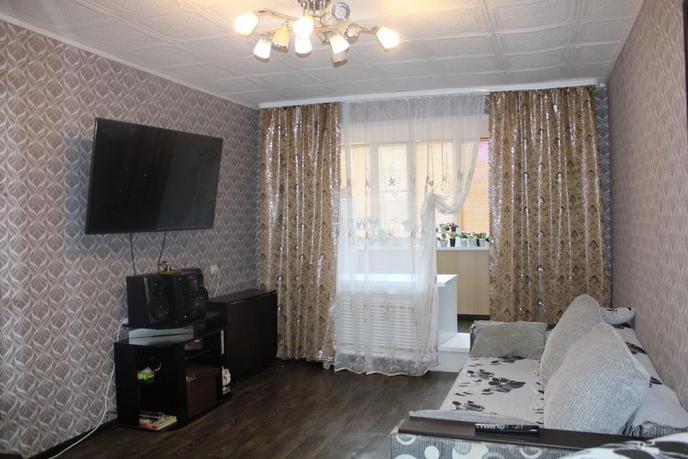 3 комнатная квартира  в районе рядом с поселком, ул. Фабричная, 11, п. Боровский