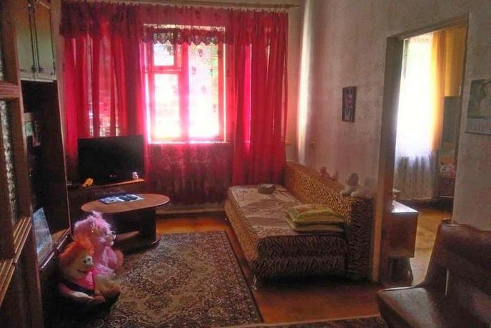 3 комнатная квартира  в районе Лоо, ул. Разина, 15, г. Сочи