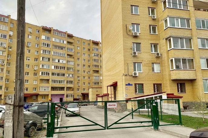 2 комнатная квартира  в районе ул.Елизарова, ул. Максима Горького, 10, г. Тюмень