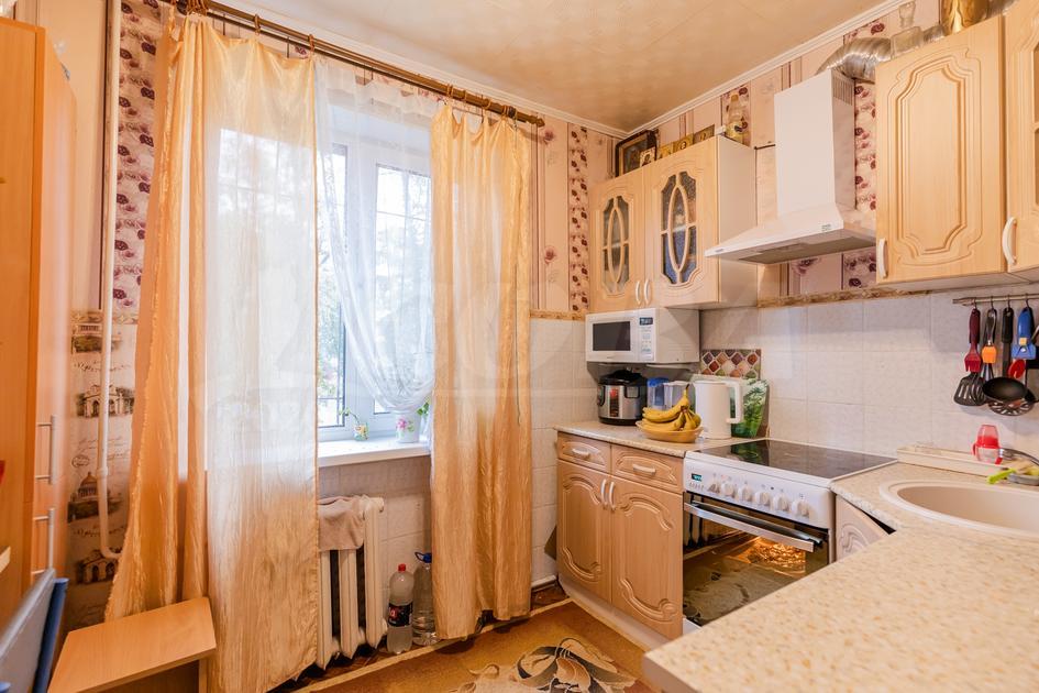 1 комнатная квартира  в 3 микрорайоне, ул. 30 лет победы, 94, г. Тюмень