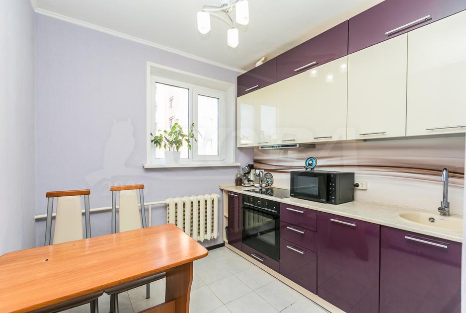 2 комнатная квартира  в 1 микрорайоне, ул. Широтная, 105, г. Тюмень