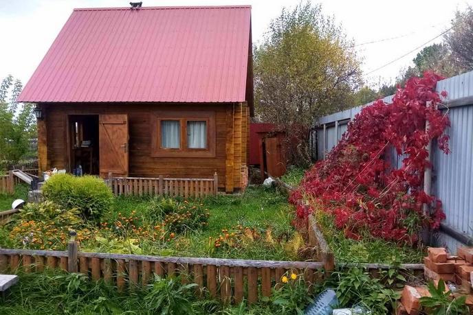 Загородный дом с баней, в районе Центральная часть, п. Новотарманский, по Салаирскому тракту