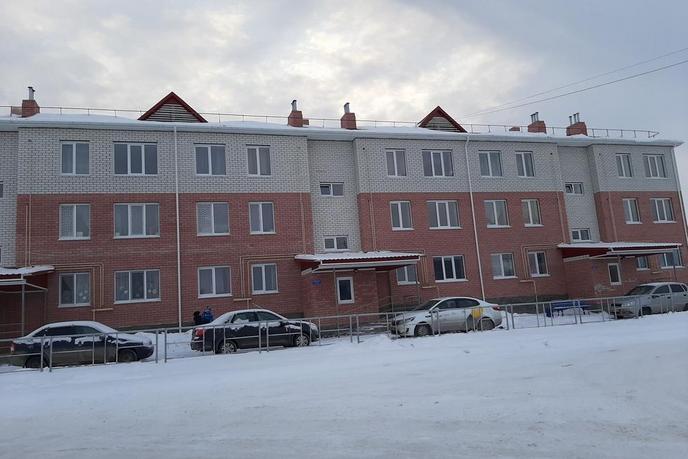2 комнатная квартира , ул. Калинина, 10, с. Исетское