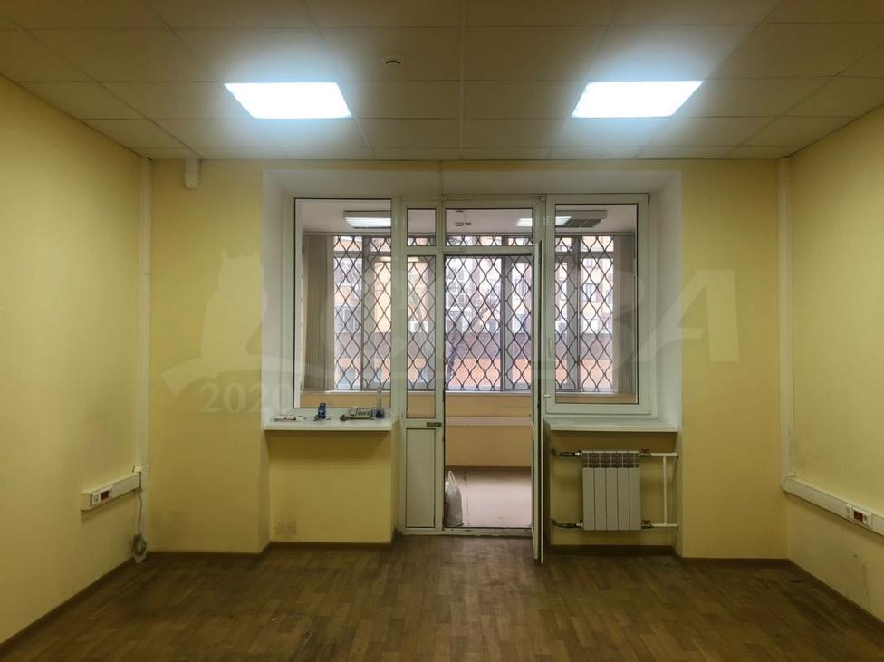 Офисное помещение в жилом доме, аренда, в районе ул.Малыгина, г. Тюмень