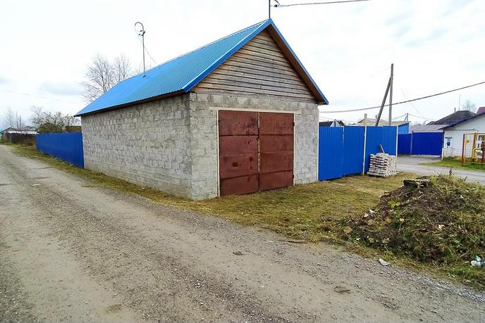 Участок под ИЖС или ЛПХ с баней, в районе Южный мкр., г. Тобольск