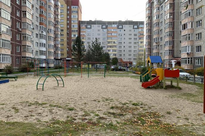 1 комнатная квартира  в Тюменском-3 мкрн., ул. Пермякова, 78/1, г. Тюмень