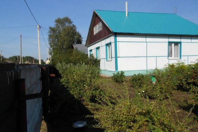Частный дом с баней, п. Бокаревка, по Ялуторовскому тракту