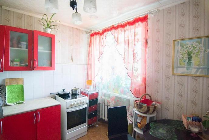 3 комнатная квартира  в районе центральная часть, ул. Мира, 13, п. Боровский