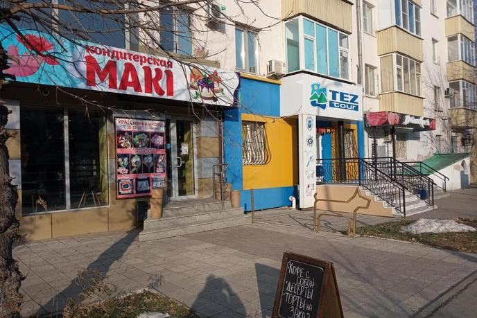 Торговое помещение в жилом доме, продажа, в районе Технопарка, г. Тюмень