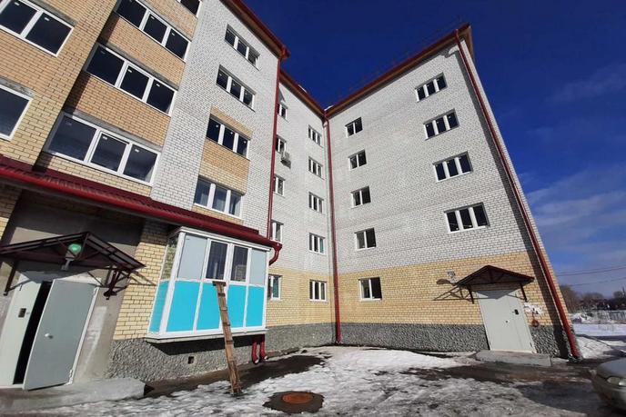 1 комнатная квартира  в центре, ул. Октябрьский пер., 6, п. Винзили