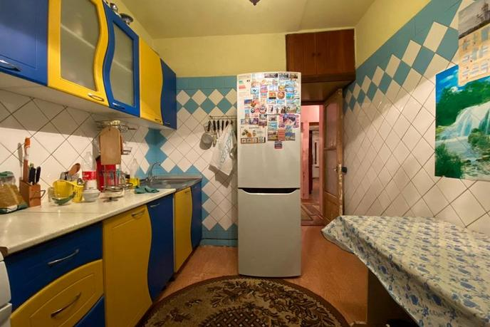 3 комнатная квартира  в районе Адлер Центр, ул. Революции, 1, г. Сочи