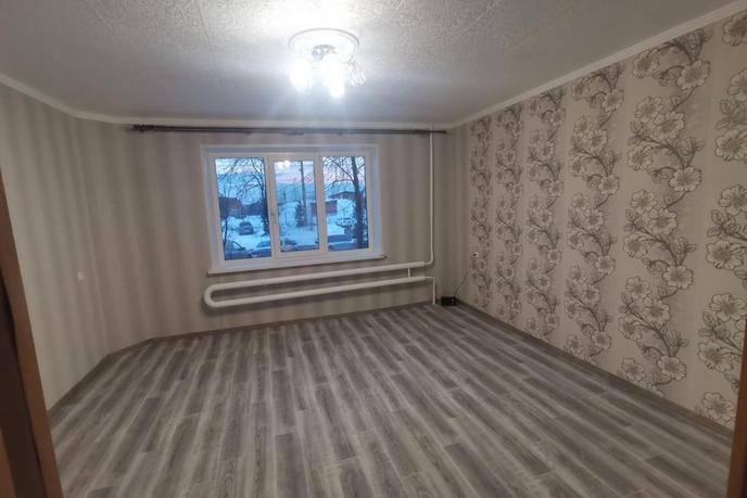 3 комнатная квартира  в районе Менделеево, ул. микрорайон Менделеево, 21, г. Тобольск