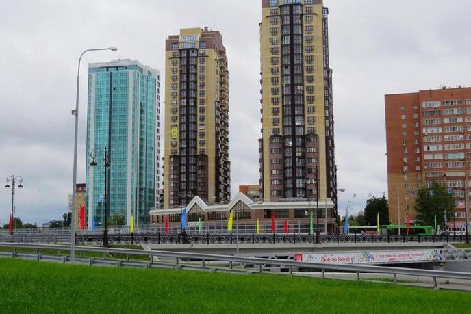 3 комнатная квартира  в районе ЖД Вокзала, ул. Первомайская, 50, Жилой комплекс «Столичный», г. Тюмень