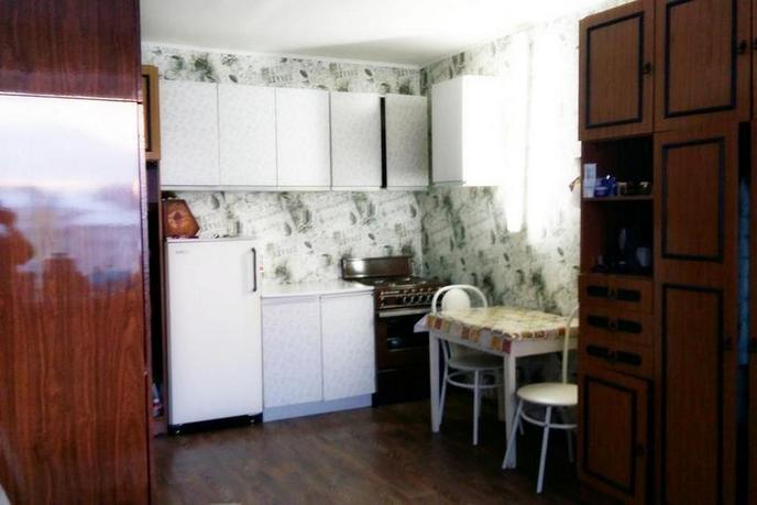 2 комнатная квартира  в районе Воровского, ул. Республики, 214, г. Тюмень