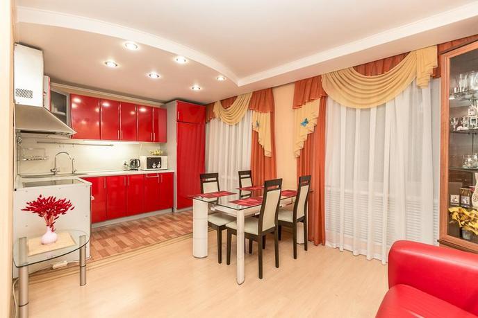 3 комнатная квартира  в районе Ватутина, ул. Ватутина, 20, г. Тюмень