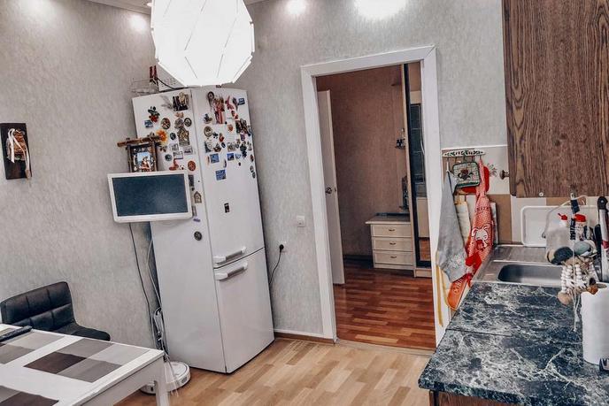 3 комнатная квартира  в районе УБР, ул. Профсоюзов, 16, г. Сургут