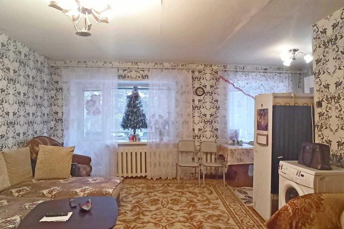 2 комнатная квартира  в районе За ЖД линией, ул. Вокзальная, 70, п. Винзили