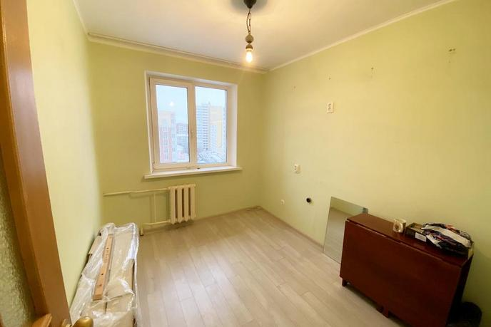 3 комнатная квартира  в районе ул.Елизарова, ул. Елизарова, 30, г. Тюмень