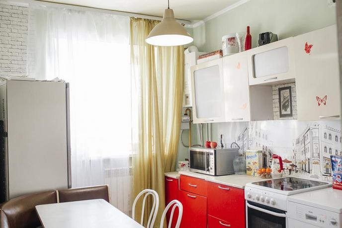 2 комнатная квартира , ул. Дорожная, 6, с. Абалак