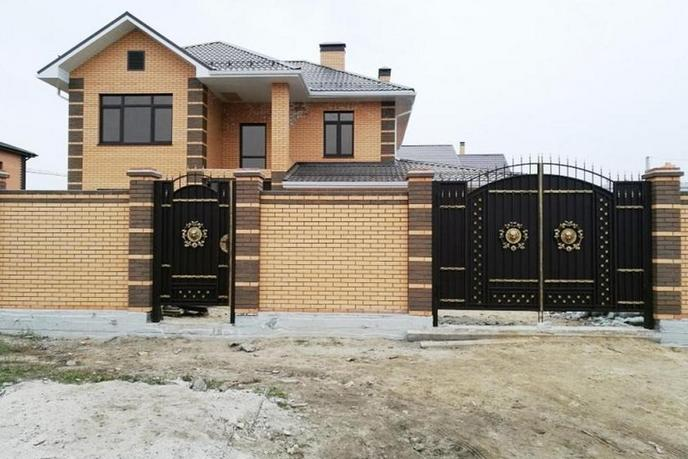 Строящийся дом, в районе Московский дворик, д. Дударева, по Московскому тракту