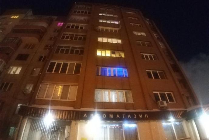 3 комнатная квартира  на КПД в районе 50 лет Октября, ул. 50 лет Октября, 74/4, г. Тюмень