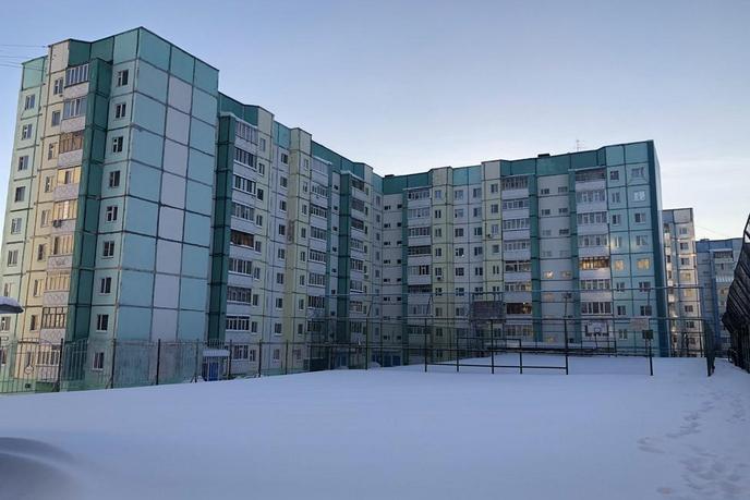 4 комнатная квартира  в районе Энергетиков, ул. Энергетиков, 1/1, г. Сургут