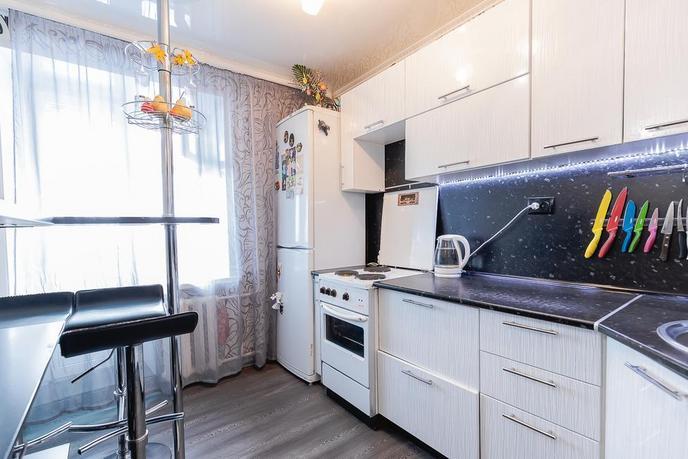 2 комнатная квартира  в районе Южный 2/ Чаплина, ул. Депутатская, 129, г. Тюмень