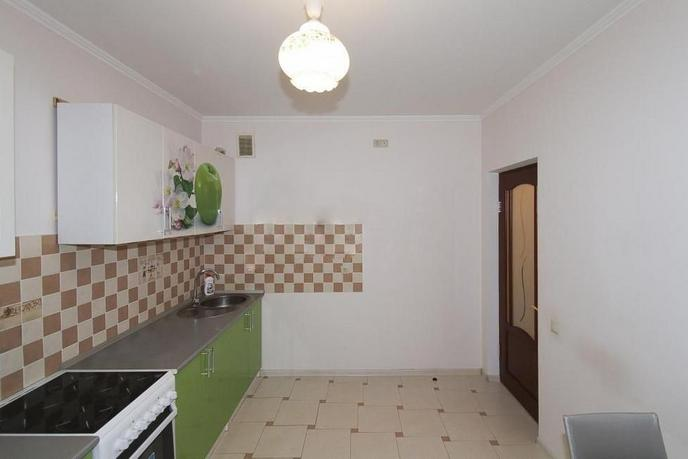 2 комнатная квартира  в районе Стрела, ул. Куйбышева, 25, г. Тюмень