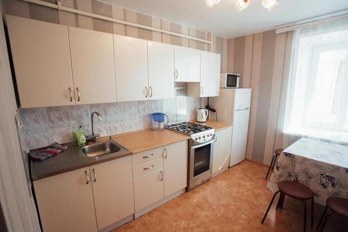 3 комнатная квартира  в районе Центральный, ул. Коли Мяготина, 127, г. Курган