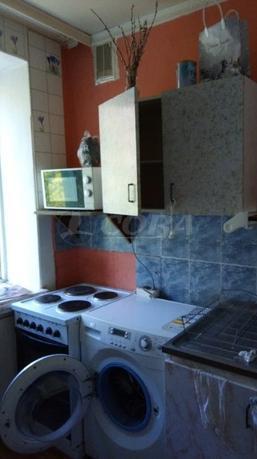 1 комн. квартира в аренду в районе Ватутина, ул. Ватутина, г. Тюмень