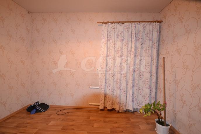 3 комнатная квартира  в районе Калинина, ул. 9 Января, 144, г. Тюмень